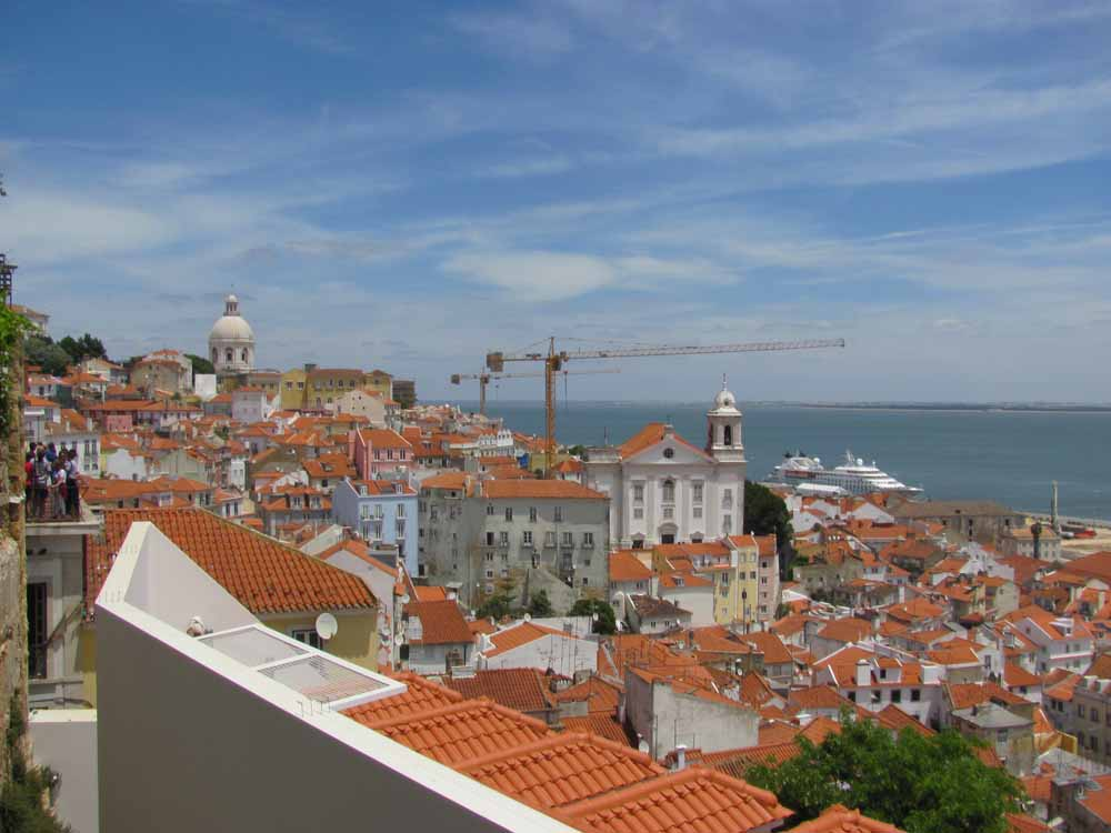 Lisbon walkaround by brushvox 021