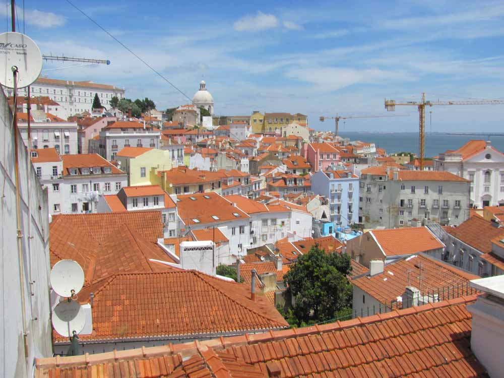 Lisbon walkaround by brushvox 024