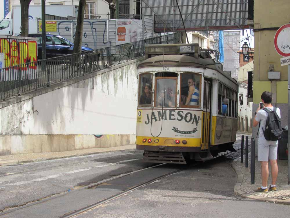 Lisbon walkaround by brushvox 038