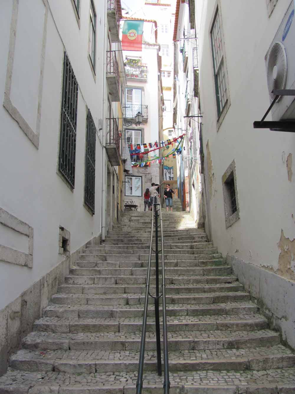 Lisbon walkaround by brushvox 084