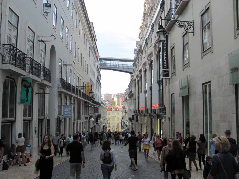 Lisbon walkaround by brushvox 087