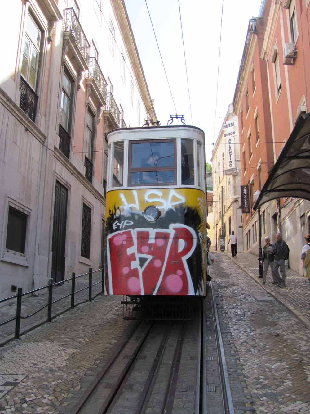 Lisbon walkaround by brushvox 149