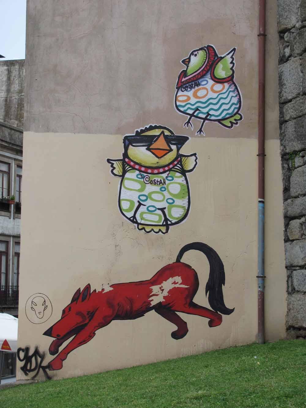 Street art from Porto8