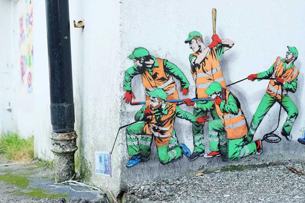 Street art by Jonathan Pauwels Yellow